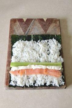 How to Make Philadelphia Sushi Rolls (asain food sushi) Diy Sushi, Sushi Party, Sushi Sushi, Seafood Recipes, Cooking Recipes, Sushi Roll Recipes, Sushi Recipes, Asian Food Recipes, Japanese Recipes