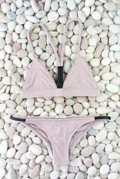 Pretty Cali style Bikini Made by Dawn Hiker. Summer Vibe, Summer Of Love, Summer Sunset, Summer Suits, Summer Wear, Bikinis, Swimsuits, Lingerie, Boho Outfits