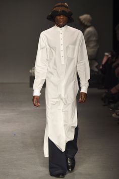 MAN Fall 2016 Menswear Fashion Show