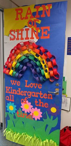 Ideas Spring Classroom Door Decorations House For 2019 Classroom Art Projects, Art Classroom, Classroom Themes, Classroom Door Displays, Preschool Projects, Kindergarten Classroom Door, Preschool Door Decorations, Classroom Door Decorating Ideas, Classe D'art
