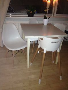 Bon Jannie Loved Her New DSW Dining Chairs And Said They Fit Perfectly With Her  Childs Chair