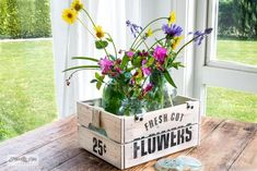 Stencil garden-themed Ikea crates for flowers and plants! Easily assembled, stained, then stenciled with Wild Flower Seeds, Fresh Cut Flowers, and Locally Grown Herbs from Funky Junk's Old Sign Stencils and Fusion Mineral Paint. Ikea Crates, Farmhouse Tabletop, Funky Junk Interiors, Little Gardens, Sign Stencils, Spring Projects, Wooden Projects, Faux Plants, Flower Seeds