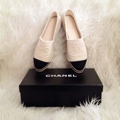 These Chanel Espadrilles have a notable resemblance to the Alpargatas of The Andes inhabitants. Beige