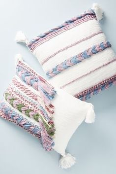 5 Jolting Ideas: Decorative Pillows With Words Awesome decorative pillows ideas fun.White Decorative Pillows Home Tours decorative pillows teal.How To Make Decorative Pillows Crafts. Sewing Pillows Decorative, Decorative Pillow Covers, Handmade Pillows, Grey Pillows, Decor Pillows, Accent Pillows, Creation Deco, Diy Home Decor Bedroom, Pillow Arrangement