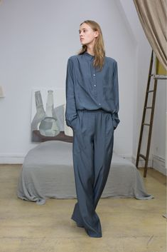 See the complete Lemaire Spring 2013 Ready-to-Wear collection.