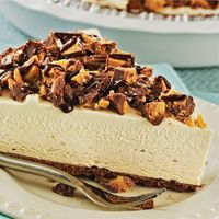Chocolate peanutbutter pie I just made this and it is absolutely to die for! And so easy!!