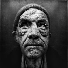 Haunting yet breathtaking black and white image. A close-up portrait of the textured face of an aged homeless man. Image by Lee Jeffries. Lee Jeffries, Homeless People, Homeless Man, Black And White Portraits, Black And White Photography, People Photography, Portrait Photography, Street Photography, Human Photography