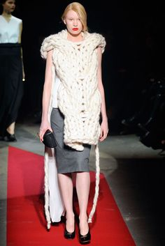 Maison Martin Margiela | Fall 2010 Ready-to-Wear Collection | Style.com