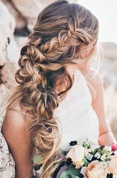 Peinados para ceremonias 2017: Mejores looks para invitadas de boda (Foto) | Ellahoy