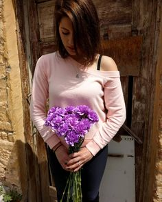 💜 Beautiful Purple Carnations 💜 It Was a shiny day with shiny flowers 💜 Love Flowers, Fresh Flowers, Purple Carnations, Shiny Days, Summer Is Coming, Thessaloniki, Summer Colors, Flower Art, Greece