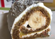 Jemná banánová roláda | NejRecept.cz Nutella, Rolls, Food And Drink, Pie, Desserts, Christmas, Recipes, Cakes, Torte