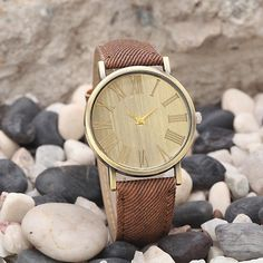 "Watch: La Retro (Brown) ---- ""La Retro"" fits casual clothes perfectly. It's an everyday watch! - Available in 6 colors - choose the one that fits your style and personality! - Feel fresh, young and stylish. - Delivery: Free - Delivery Time: 2 to 4 weeks"