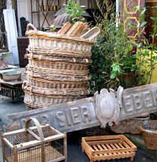 most famous flea market in Paris is the one at Porte de Clignancourt, officially called Les Puces de Saint-Ouen, but known to everyone as Les Puces (The Fleas). Antique Market, Antique Stores, Vintage Market, Paris Travel, France Travel, St Ouen, Le Bristol, Paris Flea Markets, Old Baskets