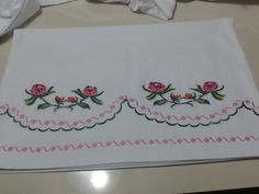 Diy And Crafts, Sewing Projects, Textiles, Cross Stitch, Flowers, Bed Sheets, Fabrics, Textile Art