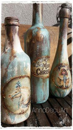 Wine Bottle Crafts - Beach Glass or Sea Glass Bottles for Coastal Decor- D .Wine Bottle Crafts - Beach Glass or Sea Glass Bottles for Coastal Decor- DIY coastal / beach decor is as easy Glass Bottle Crafts, Wine Bottle Art, Painted Wine Bottles, Diy Bottle, Vintage Bottles, Bottles And Jars, Glass Bottles, Bottle Box, Bottle Vase