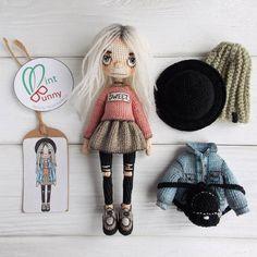 Made by Mint Bunny Crochet Amigurumi, Crochet Doll Pattern, Crochet Toys Patterns, Amigurumi Doll, Doll Patterns, Crochet Doll Clothes, Knitted Dolls, Crochet Dolls, Crochet For Kids
