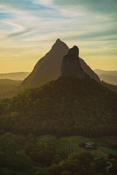 astonishing Volcanic Plugs formed 26million years ago // Glass House Mountains, QLD, Australia [1365x2048] HD Wallpaper