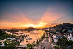 foto de Yuri Barichivich. Avenida Beira Mar. A esquerda ilha da fumaça