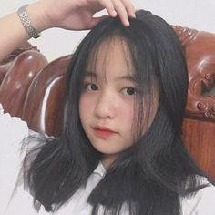 S a v e = F o l l o w Short Hair Korea, Girl Short Hair, Ulzzang Korean Girl, Cute Korean Girl, Cute White Boys, Cute Girls, Ocean Girl, Beautiful Chinese Girl, Teenage Girl Photography