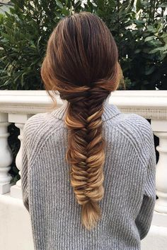 Fishtail Braid on @mimiikonn who is wearing her Ombre Blonde