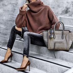 21 Cosy Office & Work Outfits Ideas for Women When It's Cold - my style. - Best Of Women Outfits Urban Street Fashion, Fashion Mode, Fashion Over 40, Look Fashion, Fashion Outfits, Womens Fashion, Elegance Fashion, Elegance Style, Jackets Fashion