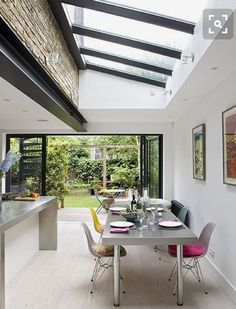 Sad colour steel beams and skylights Private House, Kentish Town Victorian Terrace, Victorian Homes, Patio Interior, Interior Design, Conservatory Kitchen, Orangery Conservatory, Kitchen Diner Extension, Kitchen Extension Terraced House, Glass Extension