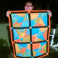 Want to make a super easy Stack-and-slash Star quilt? This tutorial is to make a baby-sized quilt but you could always make more stars, or start with larger rectangles of fabric. Learn To Sew, How To Make, Star Art, Diaper Bag, Blanket, Stars, Fabric, Quilting Ideas, Wells