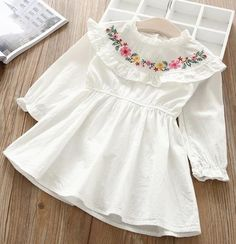 Hurave 2018 Baby Girl O-NECK embroidery Dress Clothes Children Long Sleeve clothing Casual cotton ruffles DressesGirls Ruffles Floral Dress Silhouette: A-Line Model Number: Decoration: Embroidery Sleeve Length(cm): Full Dresses Length: Knee-Length Fi Girls Frock Design, Kids Frocks Design, Baby Frocks Designs, Baby Dress Design, Baby Girl Frocks, Frocks For Girls, Little Girl Dresses, Girls Casual Dresses, Frock Patterns