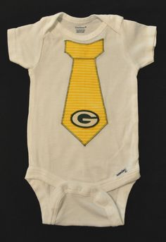 Oh, I like this one tooo! Penguin Baby, Baby Penguins, Packers Football, Baby Makes, Green Bay Packers, Minions, Jackson, Trending Outfits, Kids