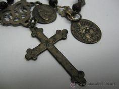 Antigüedades: PRECIOSO ROSARIO EN PLATA Y MADERA DE NOGUERA. FF.SG.XVIII, MEDALLA DOLOROSA. MIDE 55 CM. - Foto 3 - 19843719