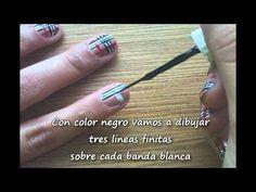 Fall Nails - Uñas Burberry's