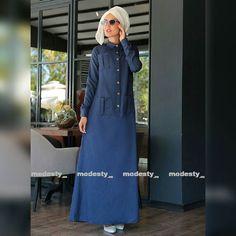 "Damen tunika ""Selma Sari""  Link in der Bio Folgen zum Shoppen  Preis 52.50 Euro Grössen S bis XXL  #hijabgermany #hijabdeutschland  #hijab #hijaboftheday #hotd #love #hijabfashion #hijabilookbook #fashion #thehijabstyle #hijabmodesty #modesty #hijabstyle #hijabistyle #fashionhijabis #hijablife #hijabspiration #hijabcandy #hijabdaily #hijablove #hijabswag #modestclothing #fashionmodesty #thehijabstyle #Islamischekleidung #abaya #abayas #abayadesigner #abayadeutschlsnd #hijabdesigner…"
