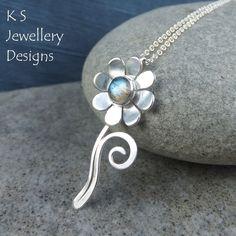 Labradorite Daisy Flower & Swirl Sterling Silver Pendant - Gemstone Floral £48.00