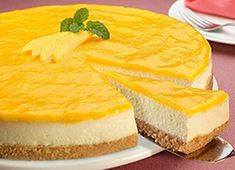 Low Calorie Recipes 58837 Here is the recipe for the exotic Bavarian Thermomix, the dessert par excellence. The recipe is made easier by the use of Thermomix. Low Calorie Desserts, No Calorie Foods, Köstliche Desserts, Low Calorie Recipes, Delicious Desserts, Dessert Recipes, Thermomix Cheesecake, Dessert Thermomix, Cheesecake Cake