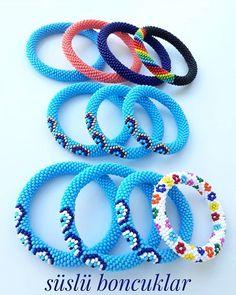 Crochet Bracelet Pattern, Crochet Beaded Bracelets, Bead Crochet Rope, Bead Loom Bracelets, Beaded Rings, Bracelet Patterns, Bangle Bracelets, Seed Bead Jewelry, Beaded Jewelry