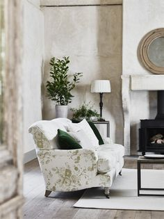 Absolutely timeless and reminiscent of an English garden, our Olivia sofa in Emma Sage is one of the designs in our Available Now collection – should you not want to wait. Find the link on our homepage Neptune Home, Sofa Set Online, House Plants Decor, Traditional Bathroom, Classic House, Modern Sofa, Home Accessories, Sofas, Living Room