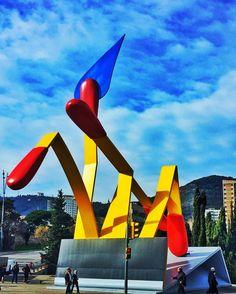 Las Cerillas (Claes Oldenburg) - Barcelona, Spain