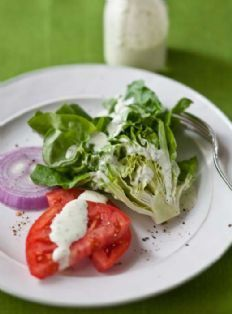 Buttermilk Ranch Dressing with Bibb Lettuce --Ina Garten Bibb Lettuce Recipe, Lettuce Recipes, Salad Recipes, Cookbook Recipes, Gourmet Recipes, Real Food Recipes, Cooking Recipes, Healthy Recipes, Buttermilk Ranch Dressing