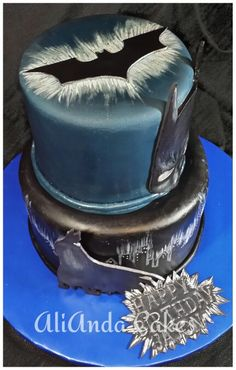 Batman Cake With Lights Cool Fondant Cake Ideas Pinterest - Dark knight birthday cake