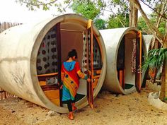 tubo-hotel-06 Glamping, Tiny House Hotel, Garden Pods, Capsule Hotel, Cool Tents, Concrete Houses, Micro House, Small House Plans, Building A House