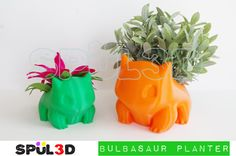 Bulbasaur Planter 3d Printed  Handmade out of PLA Plastic  Has a drain hole.  SIZE GUIDE (Smooth [Pictured] and Geometric Sizes are the same): Large -