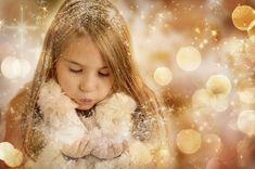 Danke sagen Weihnachten ist nicht nur eine besinnliche Zeit in der wir über die Geschichte nachdenken, sondern auch über all die Menschen, die uns besonders nahe standen, oder von denen wir etwas lernen konnten.  An Weihnachten einfach mal all jenen Danke sagen, die uns begleitet und unterstützt haben, ist ein besonderes Weihnachtsgeschenk. Danke! #weihnachten #danke #freunde