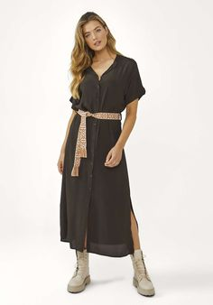 Valetta Jurk Bruin Short Sleeve Dresses, Dresses With Sleeves, Wrap Dress, Shopping, Fashion, Fashion Styles, Moda, Sleeve Dresses, Gowns With Sleeves