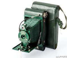 Kodak Eastman: Folding Rainbow Hawk-Eye No.2 Model B camera