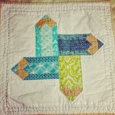 Sew Scatterbrained: Pencil Quilt Block Tutorial