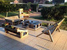 Wooden Pallet Garden Furniture Set