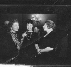LaPunkt – O fotografie istorică: Lena Constante, Elena Pătrăşcanu, Ana Pauker (în background, Lucreţiu Pătrăşcanu)