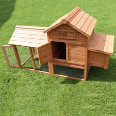Chicken Coop / Hen House with run - Medium Size suitable for 4 small or 3 large Birds - Chicken Coops - Sustainable Living