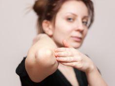 Cum sa-ti hidratezi pielea uscata a coatelor: http://femina.rol.ro/cum-sa-ti-hidratezi-pielea-uscata-a-coatelor-93326.html