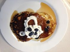 Delicious and Fluffy Blueberry Buttermilk Pancakes! http://www.crazy-good-cooking.com/2013/07/blueberry-buttermilk-pankcakes.html